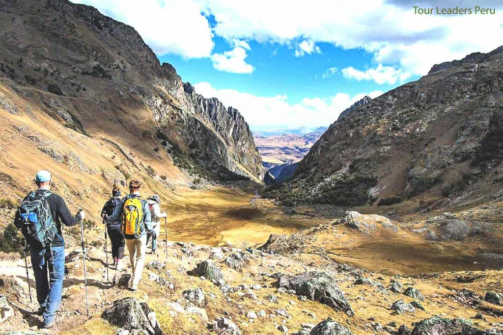 Lares trek Peru with Alpacas Tour